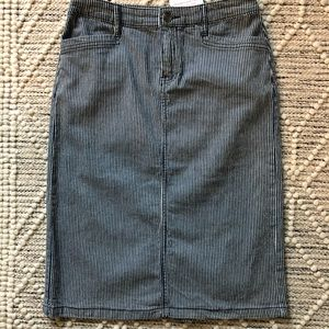 Christopher and Banks Jean skirt